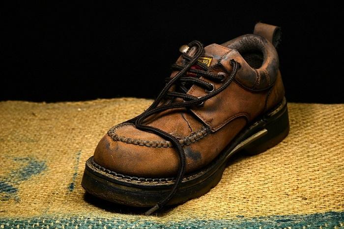 Pracovna obuv pre stavbárov
