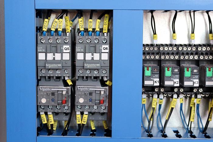 Stykač a elektrika